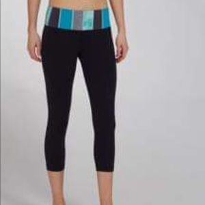 Lululemon Wunder Under crop workout pants 8